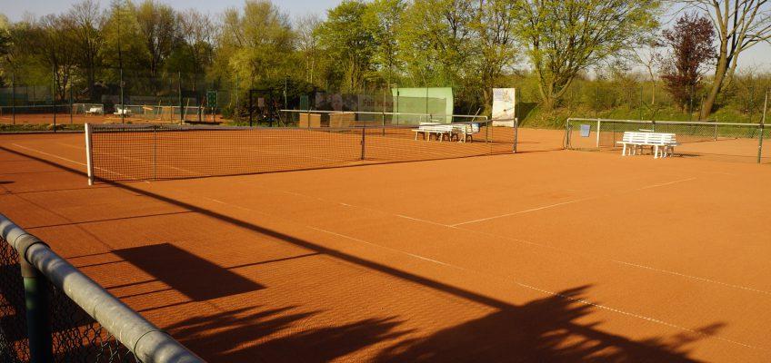 Tennisplatz Außen Stock